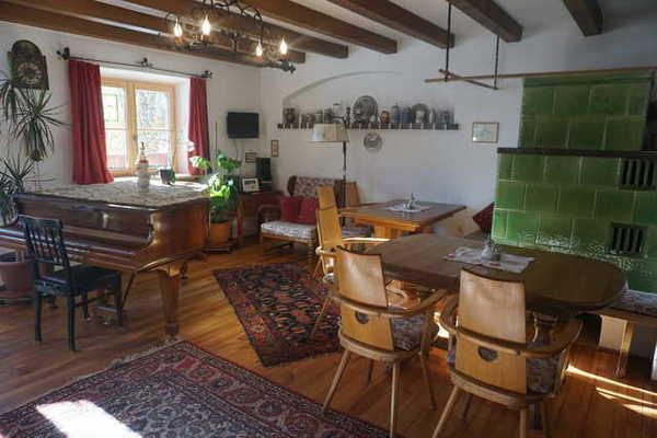 billig oberbayern ferienwohnung g nstig unterkunft buchen. Black Bedroom Furniture Sets. Home Design Ideas